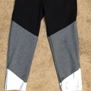 Balance Collection Pants - Cropped ombré yoga pants